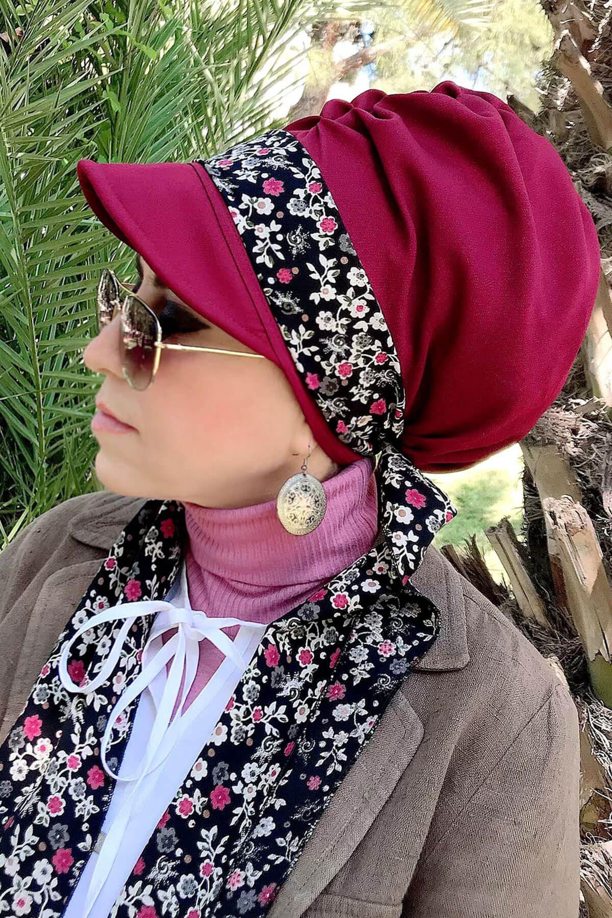 Çiçek Desenli Bordo Fularlı Şapka