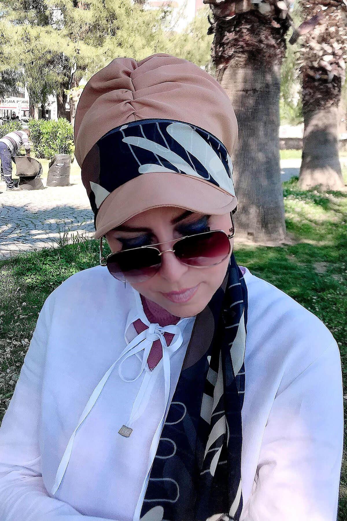 Lacivert&Beyaz Desenli Vizon Fularlı Şapka