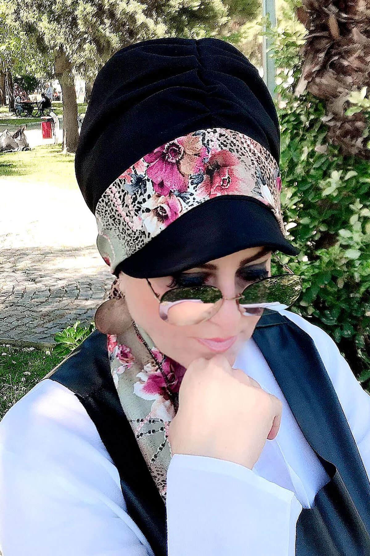 Leopar Desenli Siyah Fularlı Şapka