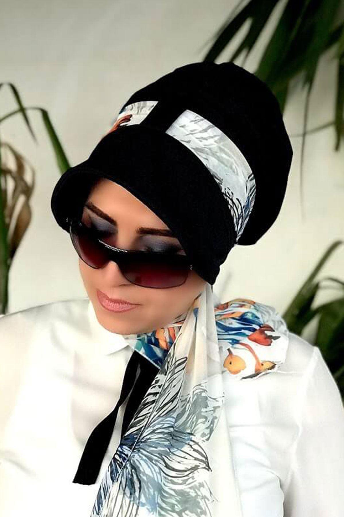 Sulu Boya Desenli Siyah Siperli Şapka