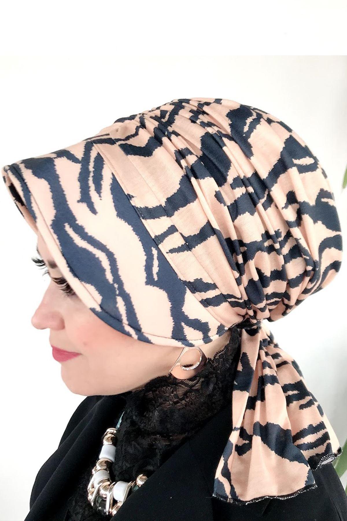 Çizgili Deniz Şapkası