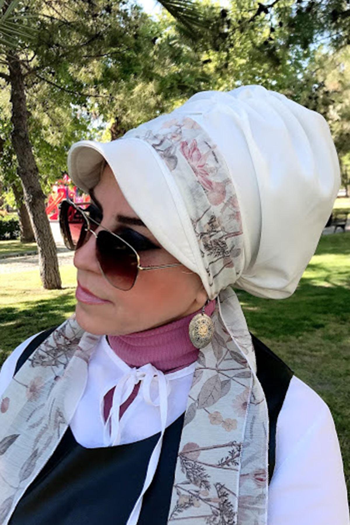 Yaprak Detaylı Beyaz Fularlı Şapka