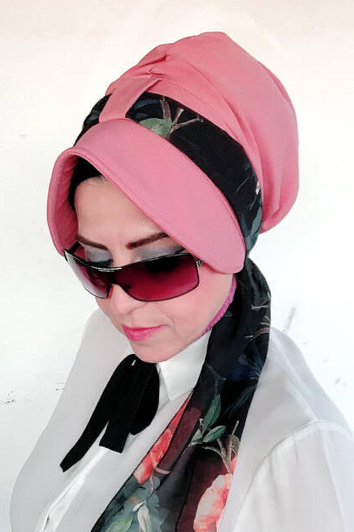 Gül Pembe Siperli Şapka