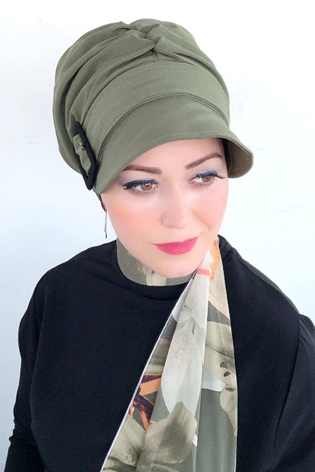 Acı Yeşil Tokalı Şapka