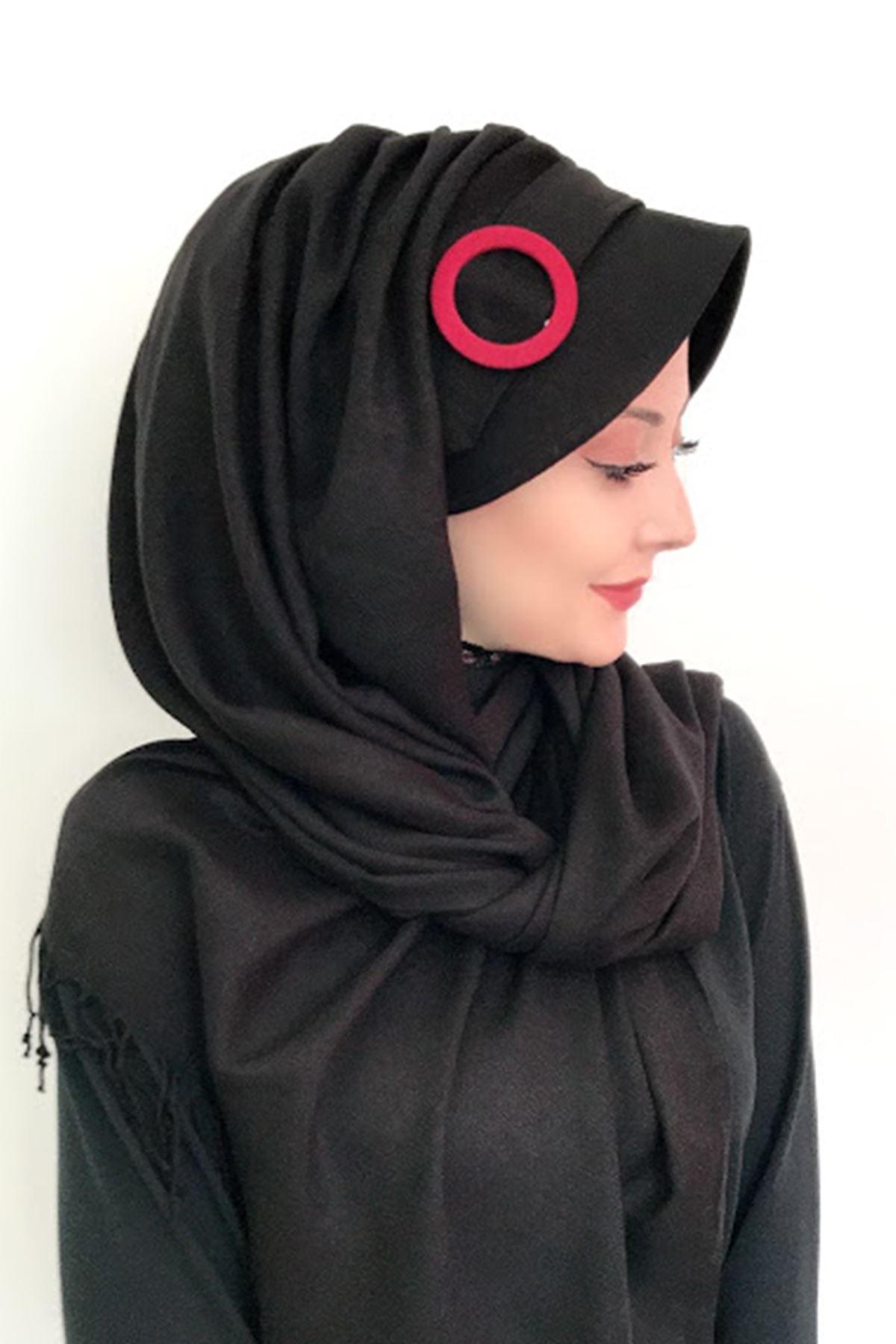 Tokalı Siyah Hazır Şapka Şal
