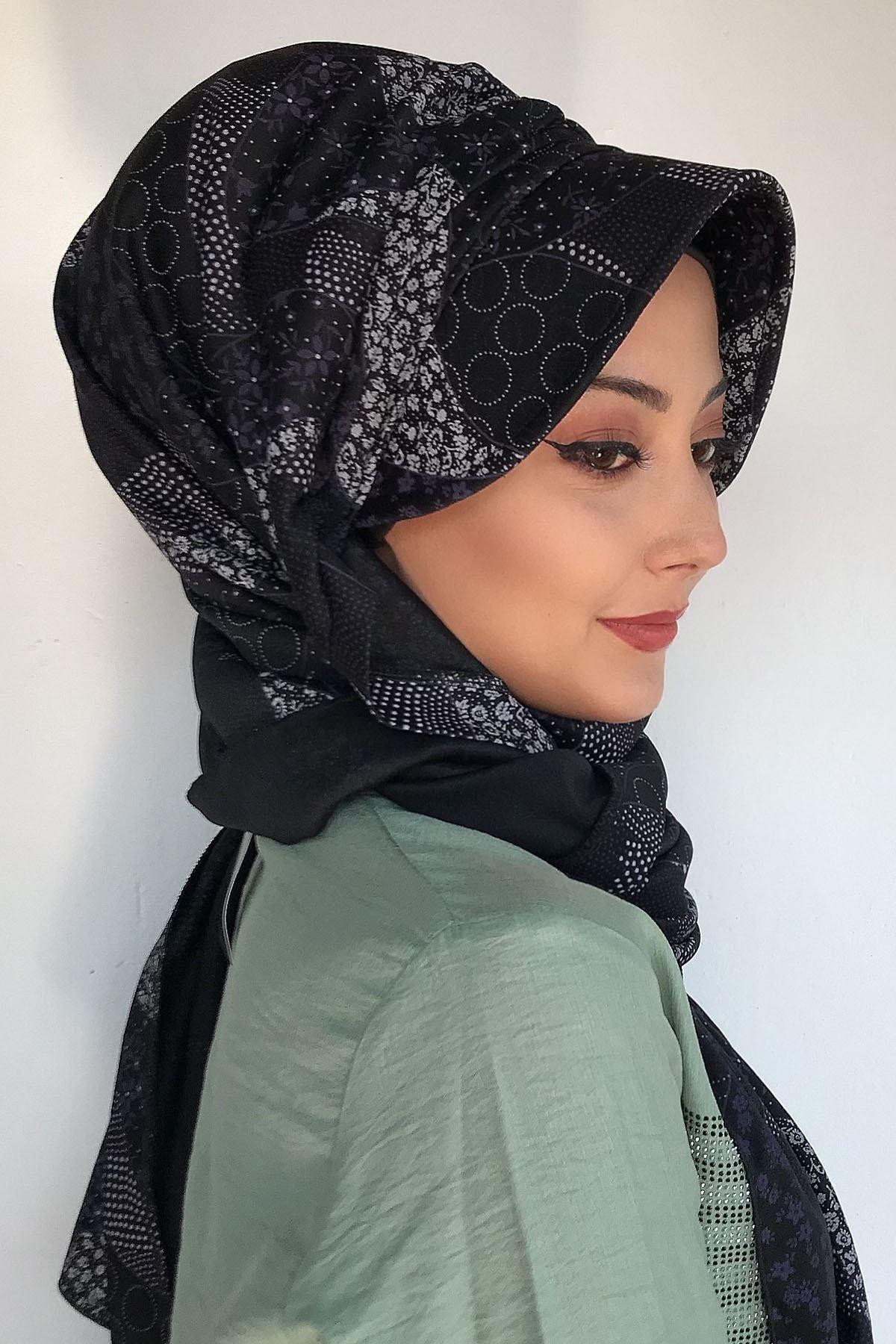 Siyah Renkli Küçük Geometrik Desenli Şapka Şal