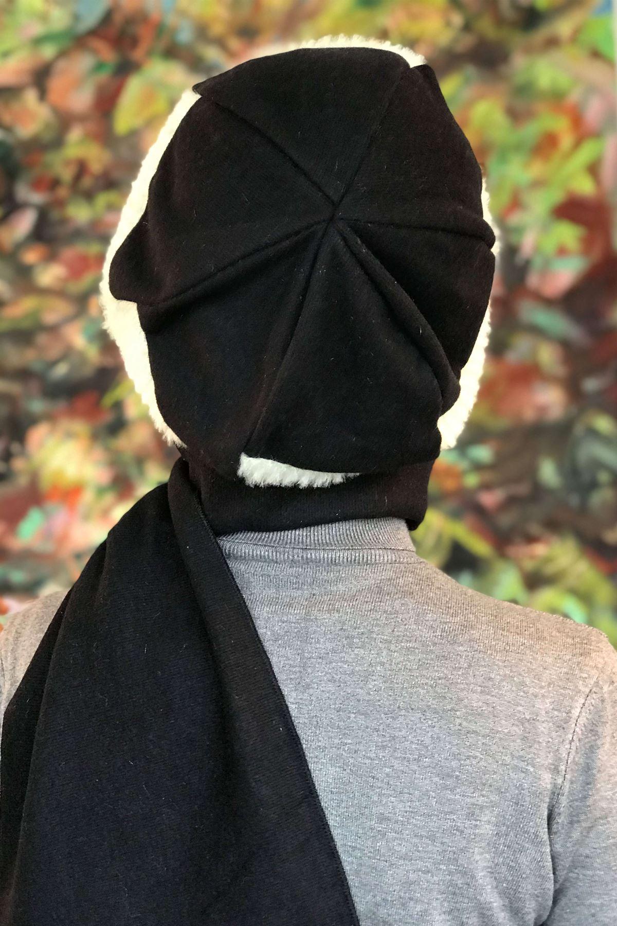 Siyah Tokalı Örgü Kendinden Atkılı Bere Şal Çarkıfelek Model