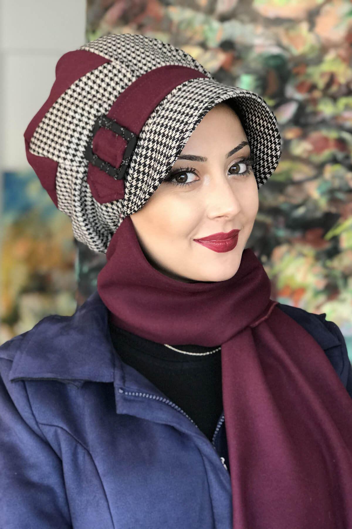 Mürdüm Renkli Kazayağı Çarkıfelek Model Şapka Şal