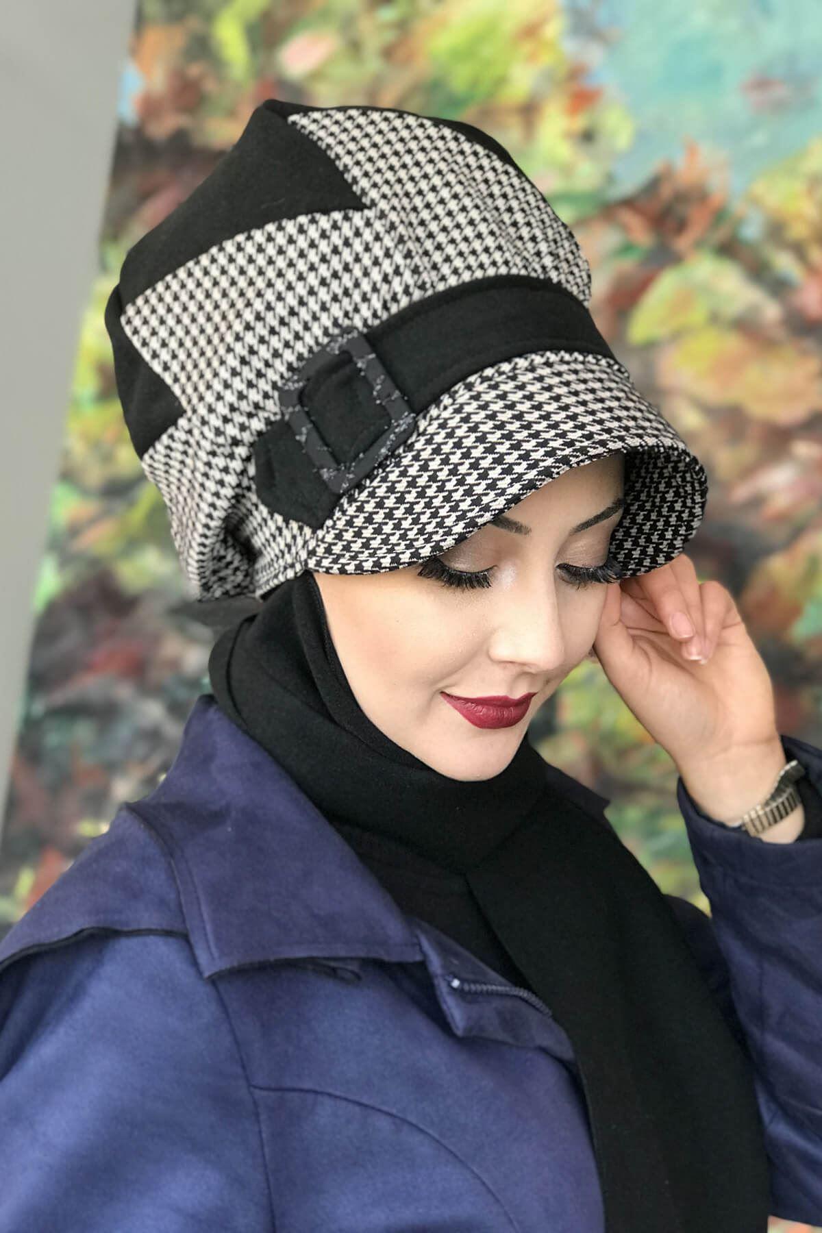 Siyah Renkli Kazayağı Çarkıfelek Model Şapka Şal