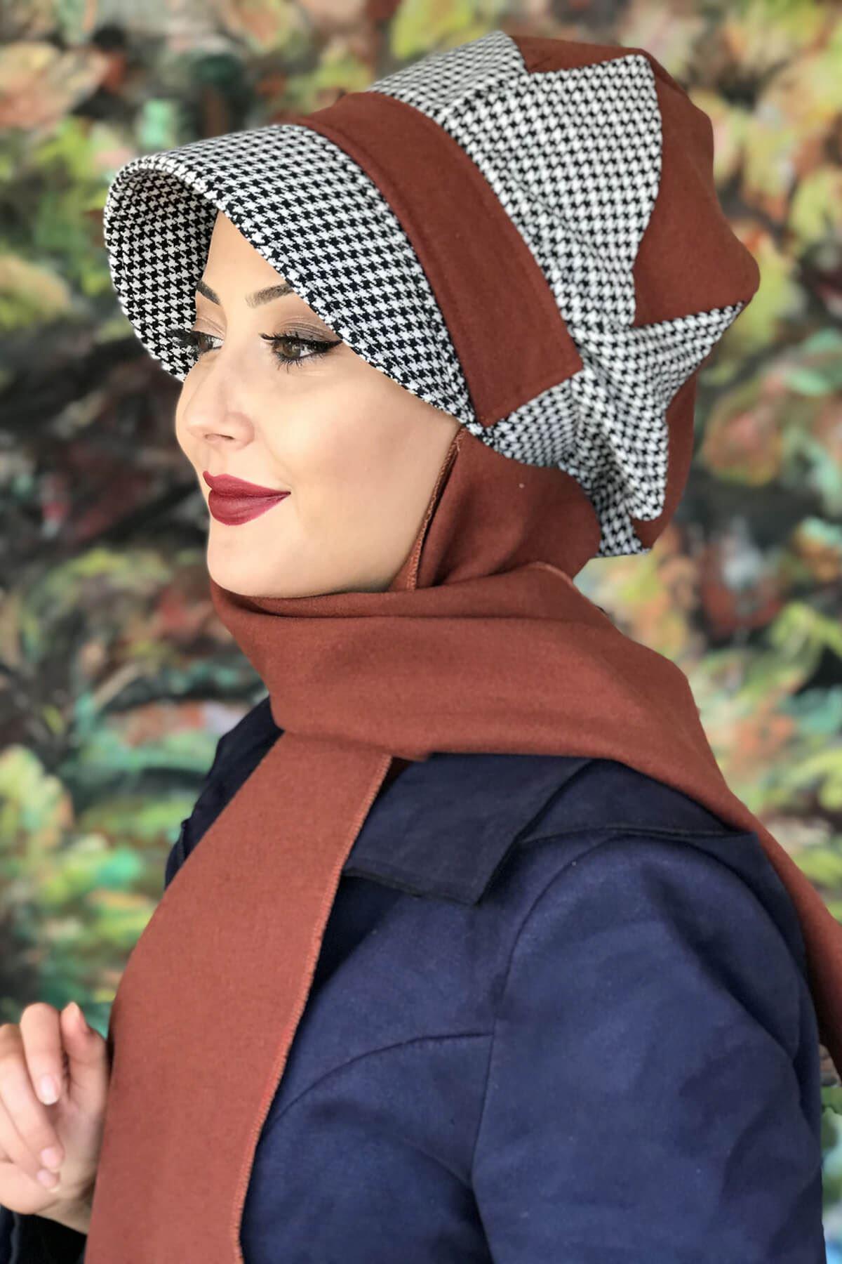 Tarçın Renkli Kaşe Siyah Beyaz Tokalı Şapka Şal