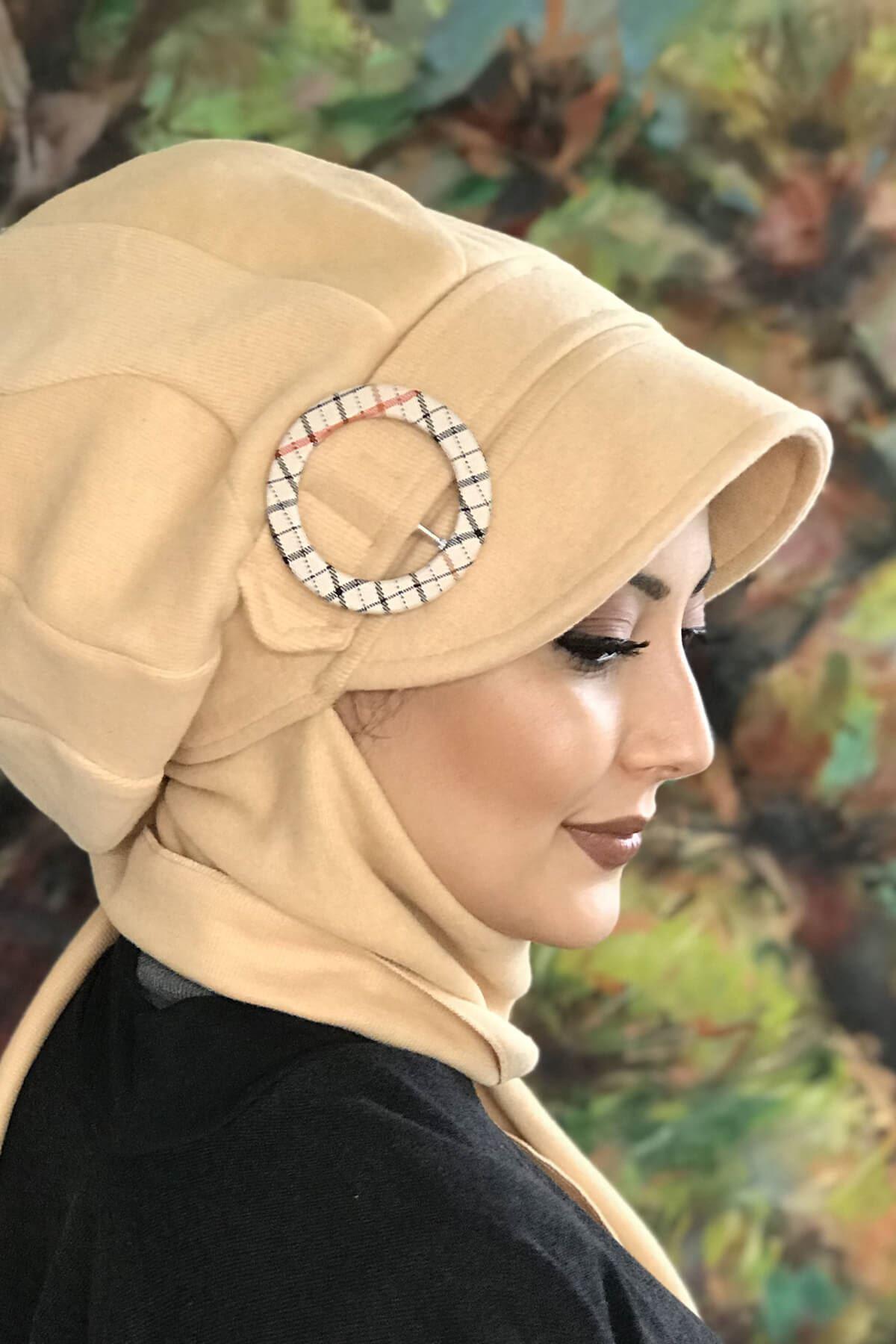 Açık Kavuniçi Renkli Elif Model Atkılı Tokalı Şapka Şal