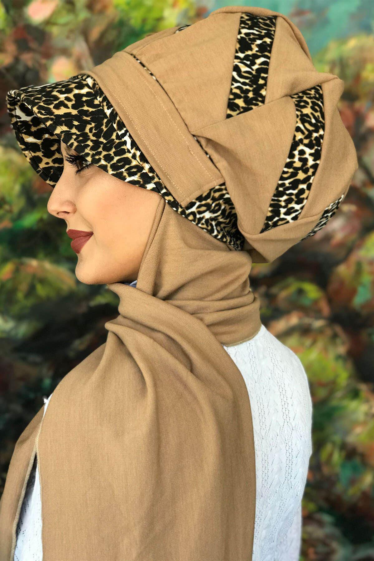 Bad-ı Saba Leopar Şeritli Devetüyü Çarkıfelek Tokalı Siyah Atkılı Şapka