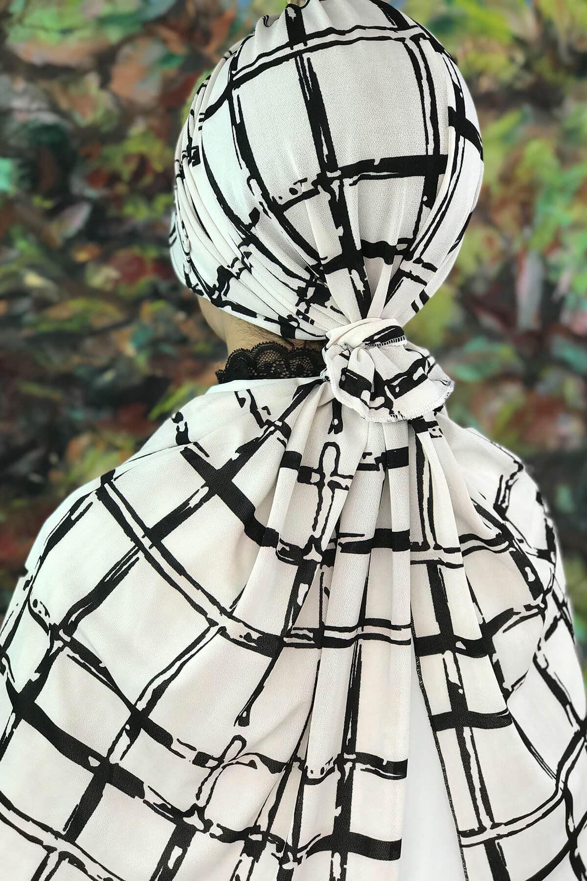 Siyah Kare Desenli Beyaz Atkılı  Lastik Tokalı Şapka Şal