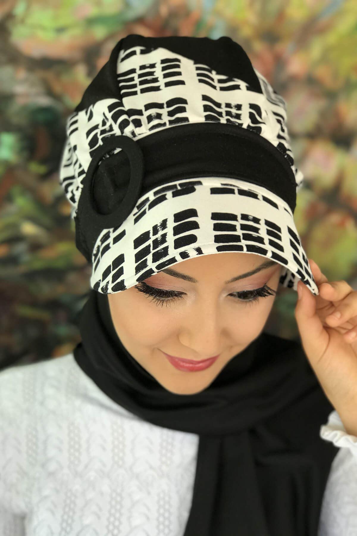 Siyah Beyaz Desenli Tesettür Atkılı Şapka