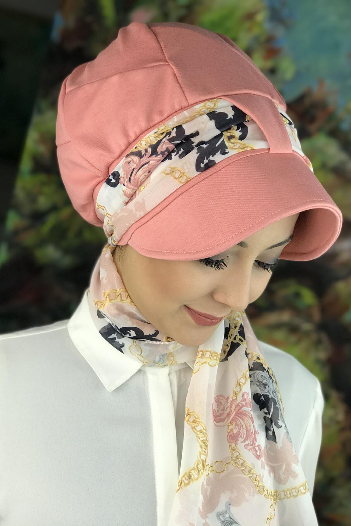 Pembe Tek Biritli Fularlı Şapka