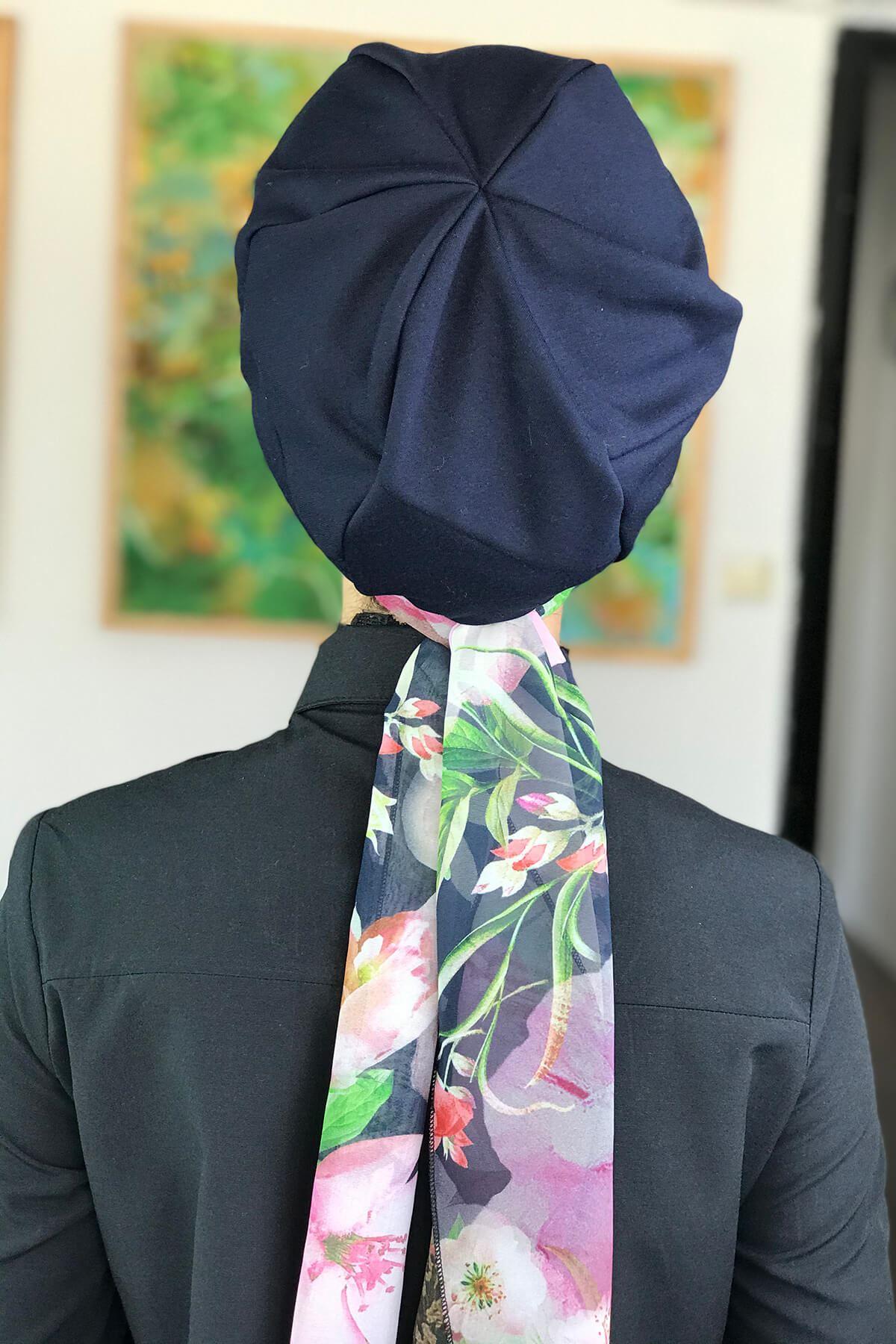 Koyu Lacivert Fularlı Şapka Bone