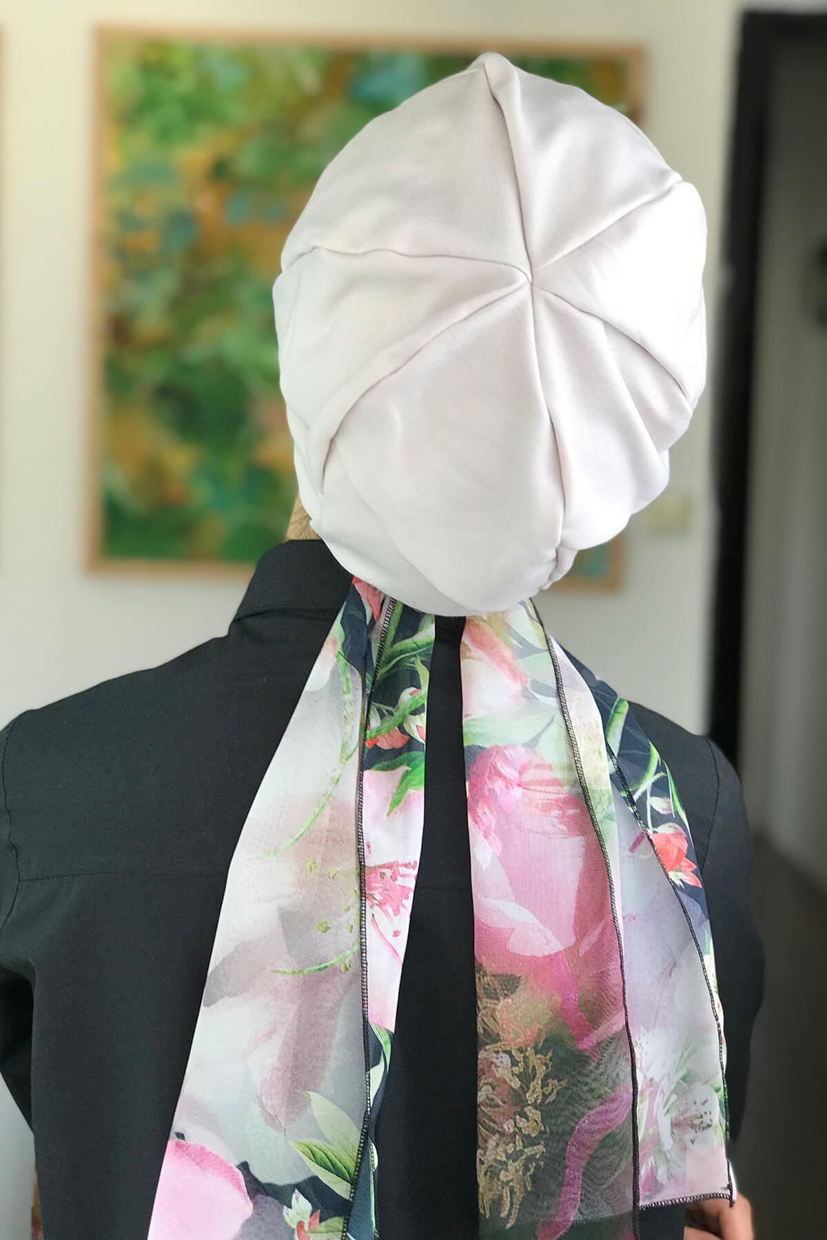 Pudra Rengi Biritli Fularlı Tesettür Şapka Bone